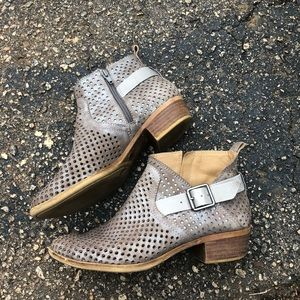 EUC LUCKY BRAND perforated suede booties